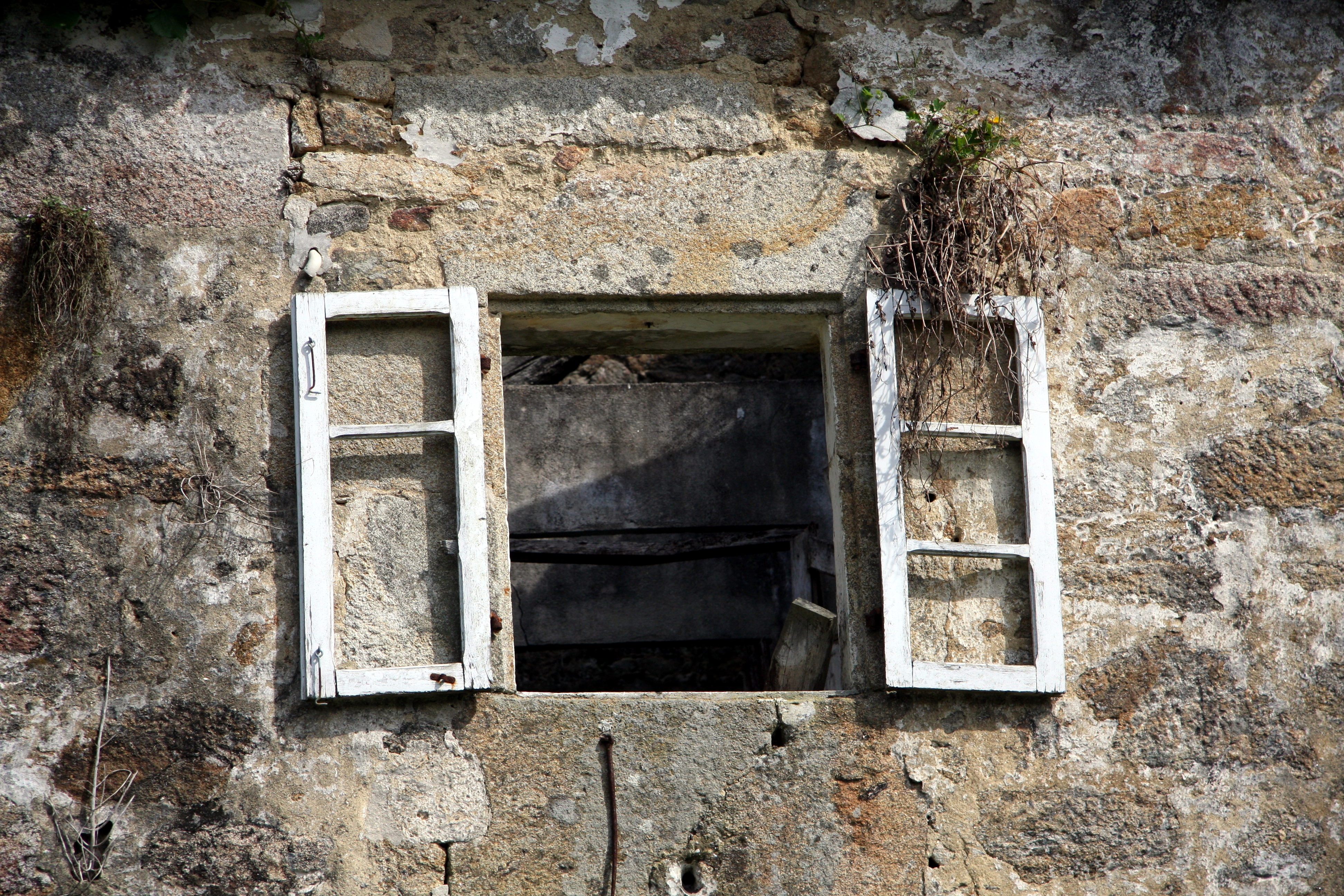 Okenní parapety zvládnete usadit sami